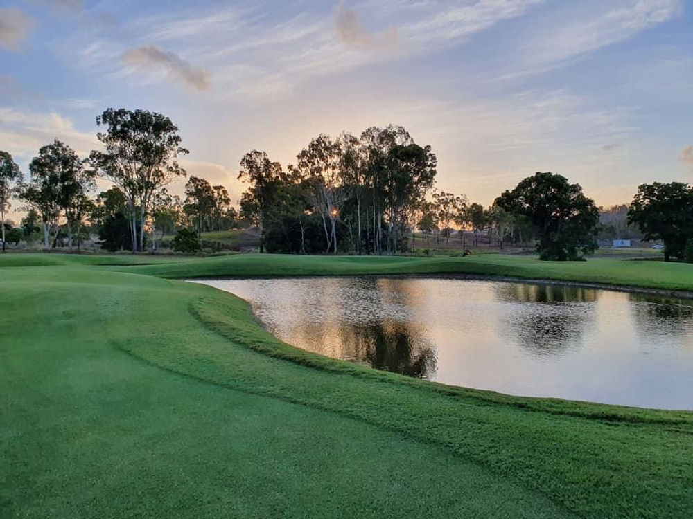 IMAGE GALLERY - Golf Course Picture No. 1
